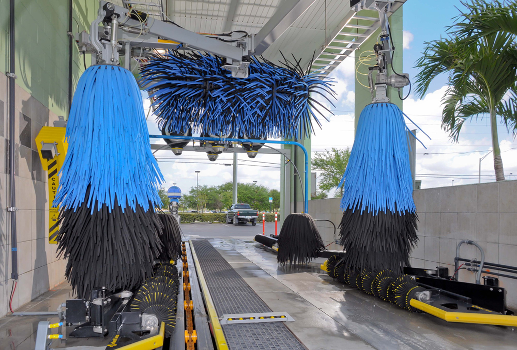Macneil Car Wash Equipment >> Macneil In Bay Express Wash Conversion Harrell S Car Wash Systems